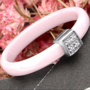 Jewelry - SALE💛 New - Dainty Pink Ceramic Ring